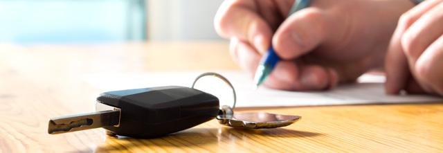 知っておくべき!車の売却時に必要な書類とプラス査定になる書類?!