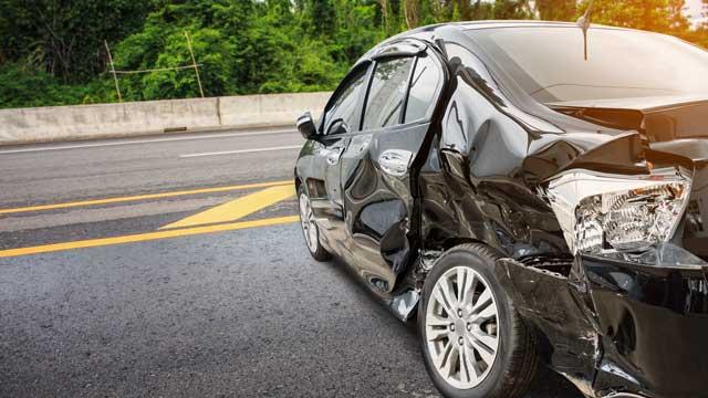 修復歴車(事故車、故障車)の買取実績は?査定額はどのくらい下がってしまうの?